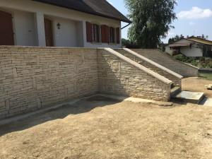 Mur en pierre seche