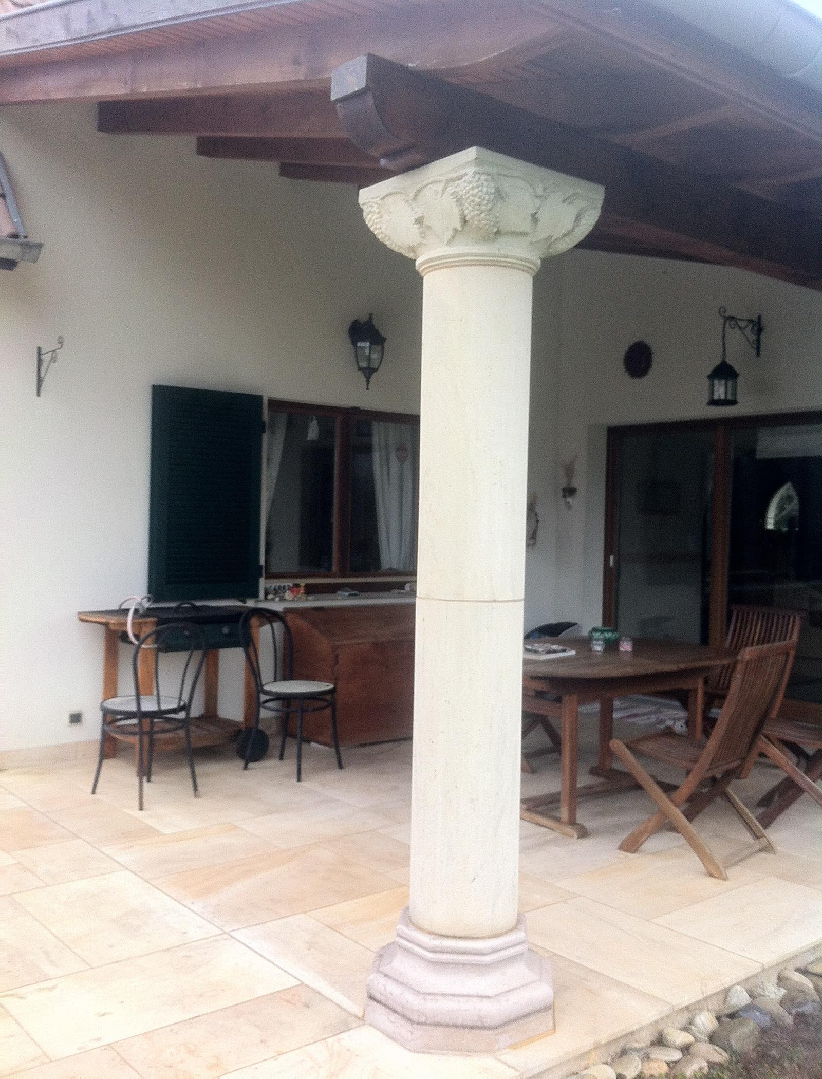 colonne vigne artisan de la pierre. Black Bedroom Furniture Sets. Home Design Ideas