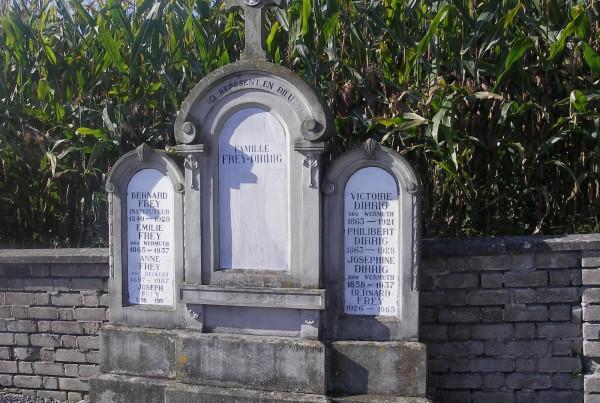 Monument funeraire durmenach
