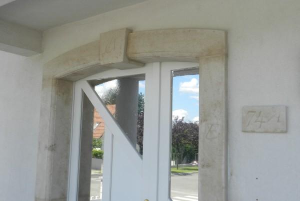 Encadrement de porte en Ampilly